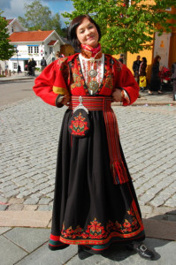 Norwegian_traditional_costume